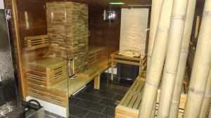 Orange_Fitness_Sauna_3